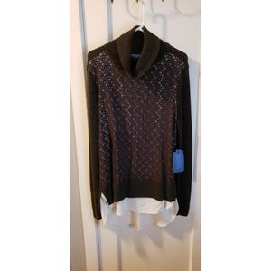 L Nwt Simply Vera layered look turtleneck sweater